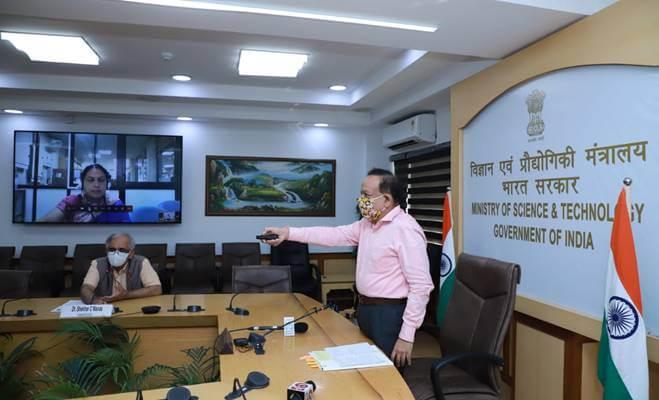 "Dr. Harsh Vardhan launches DME fired ""Aditi Urja Sanch"" Unit at CSIR-NCL, Pune"