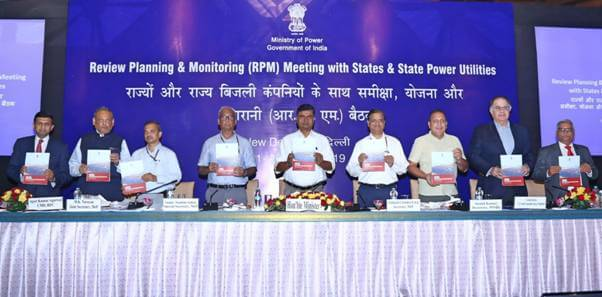 Shri RK Singh launches SARAL – State Rooftop Solar Attractiveness Index