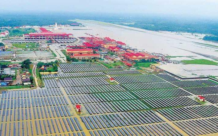 Kochi Airport grows Vegetables under Solar Power Plant